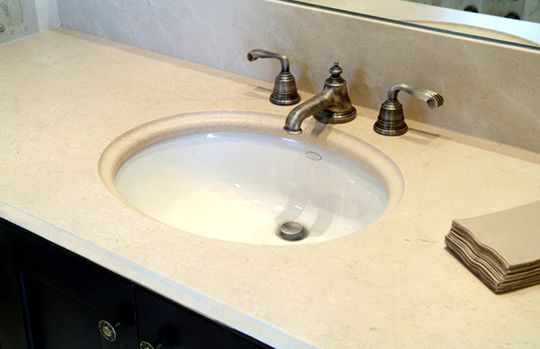 A few different sink finishes are available to accent your granite bathroom countertops including ceramic, copper, stainless steel, and porcelain sinks.